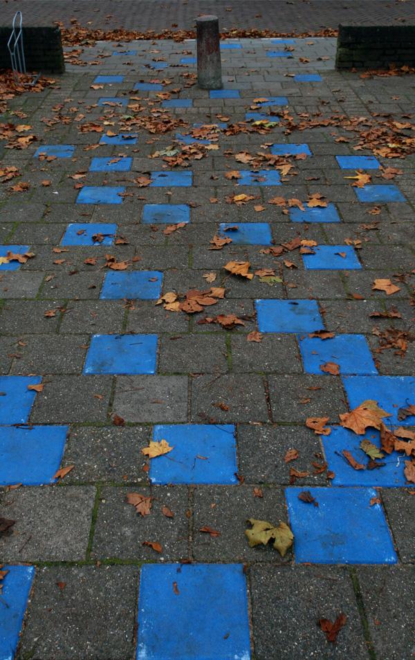 Het blauwe pad in de Aquamarijn te Zwolle